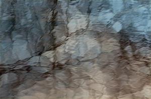 kuva: Katri Niskanen. Tourujoki, Jyväskylä. Veden pintaa.
